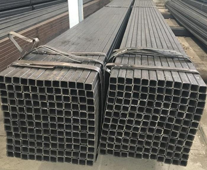 giá sắt vuông 25x25